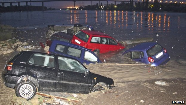 Bulgaria floods: At least 12 killed in Varna and Dobrich.  Source:http://www.bbc.com/news/world-europe-27935436