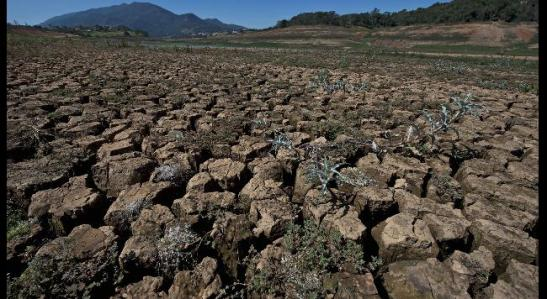 Scenes of drought from the Jaguari dam, part of Sao Paulo, Brazil's Cantareira water system, which supplies water to 45 percent of Sao Paulo. (Getty Images)