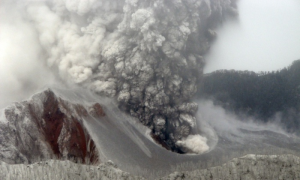 The Chaiten volcano in Chile erupting in May 2008. Photograph: Daniel Basualto/AP
