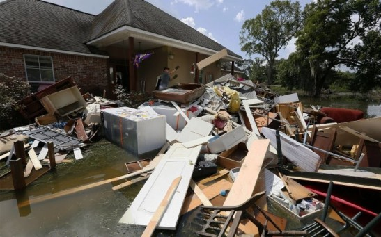 Louisiana Awaits Help As Media Moves On