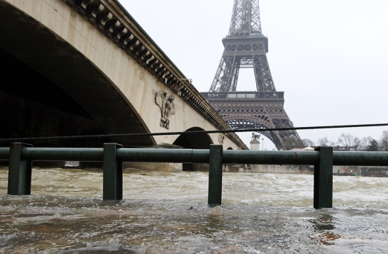paris-floods-2
